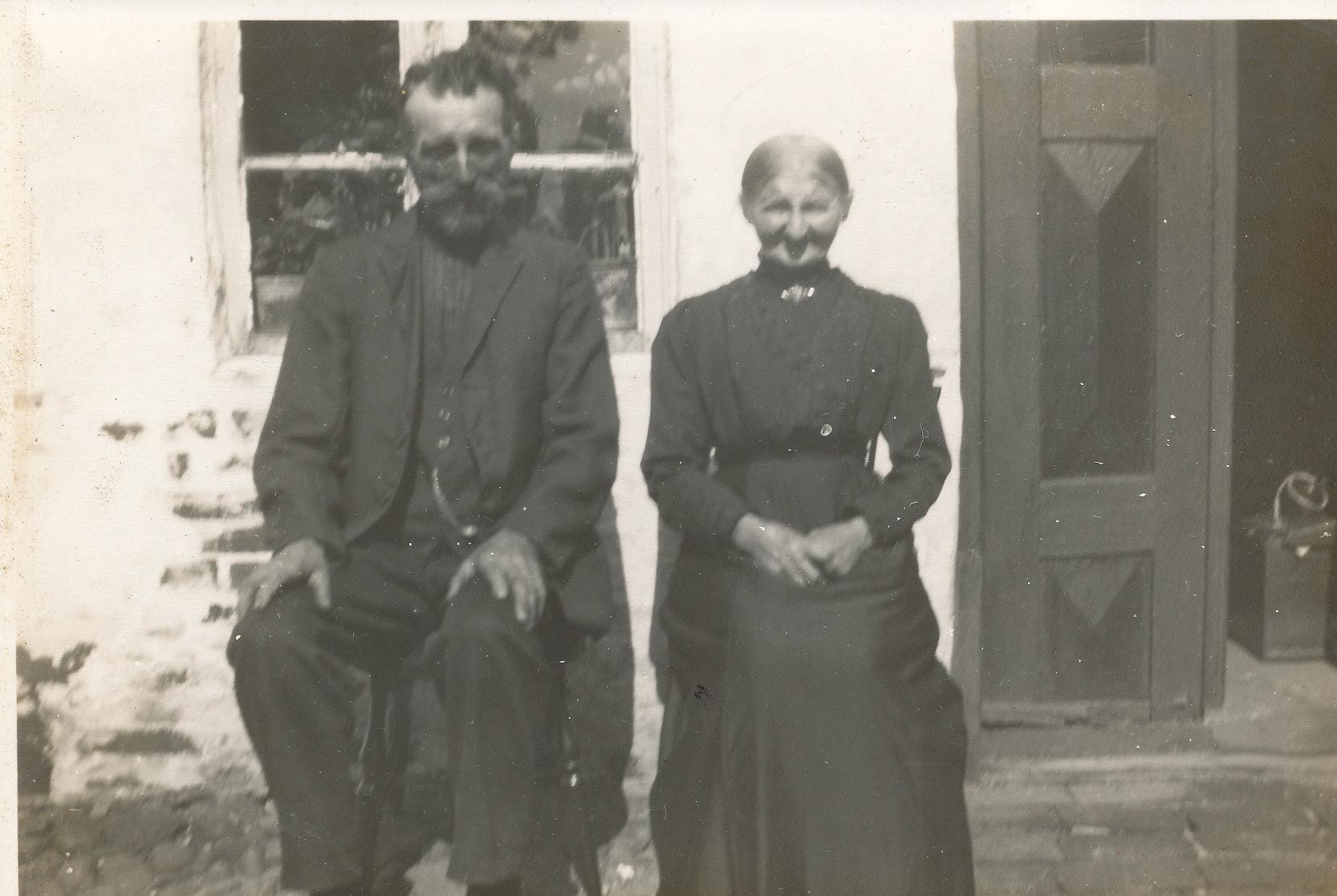 Bodil Kathrine og Jens Pedersen, Peder Pedersen ( Borg`s) forældre, Strellev